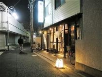 18-10-11 店よこ