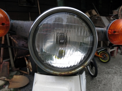 180727-203=Cubスピードメーターケーブル交換,ヘッドライト a庵玄関前