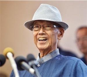 翁長雄志沖縄県知事を歴代担当記者たちが953e5578f3103e86444e0b7c3b1b385b