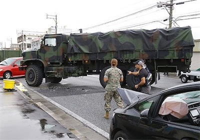 米軍車両が事故49f0784fdf904387f6273ebef122df88