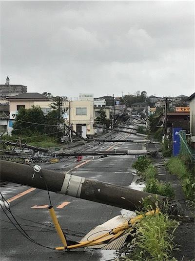 大阪台風被害凄いですDmQE5C2UcAMF_KQ