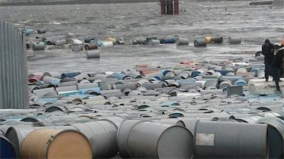 尼崎の港がヤバイDmO84bAU4AAIM3A