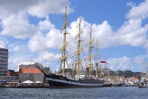 Kruzenshutern from boat