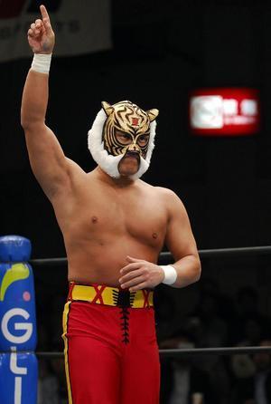 人物 タイガーマスク プロレスラー