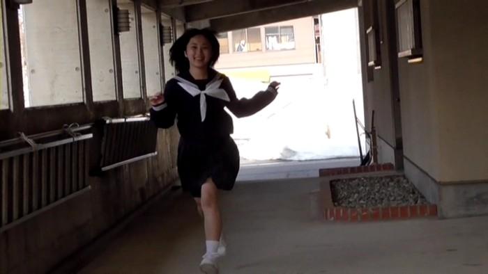 ふなっきセカンド写真集メイキング07セーラー服で走る