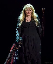 220px-Stevie_Nicks_Austin_2017_(05).jpg