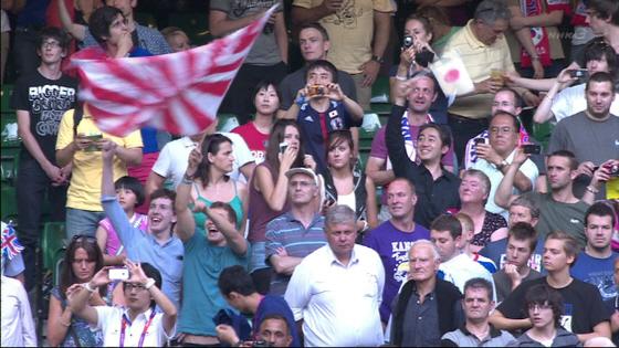 2012年ロンドン五輪のサッカー3位決定戦(対韓国戦)で旭日旗を振っていたのも西洋人だった!