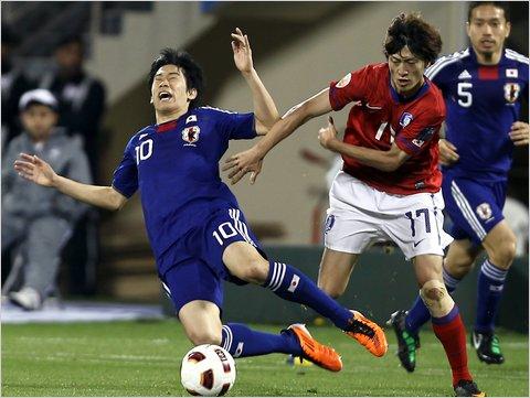 2011年1月25日、アジアカップ準決勝の韓国戦で右足小指を骨折した香川真司