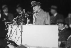 連合軍最高司令官として無法な対日占領作戦を敢行したマッカーサーでさえ、1951年5月3日、アメリカ上院軍事外交委員会において「日本が戦争に飛び込んでいった動機は、大部分が安全保障の必要に迫られてのことだった