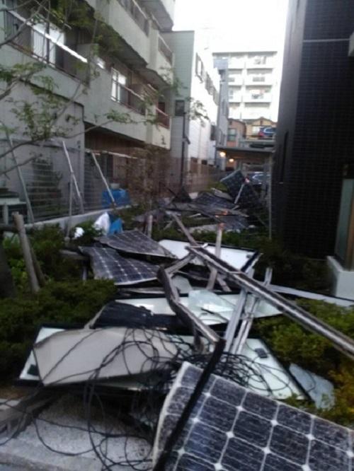 新しくできたマンションのソーラーパネルです!#台風21号