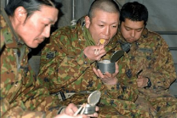 「自衛隊に温かいご飯を!」 元自衛隊員が拡散希望する痛切なお願い