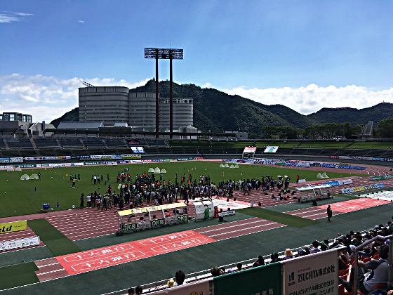 9月の空と長良川競技場2018_02