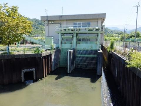 大同排水機場・山梨県市川三郷町