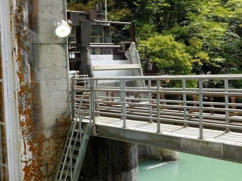 多摩川第三発電所取水口