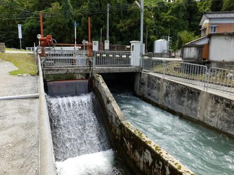 貝田新円筒分水から始まる放水路・用水路