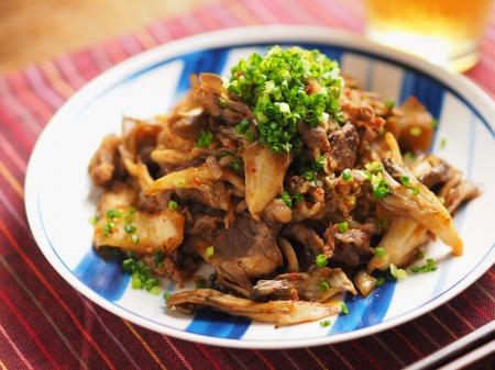 牛こま肉と舞茸のバターキムチ016