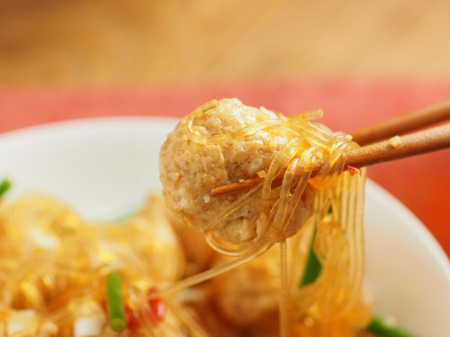鶏団子の四川風春雨炒め040
