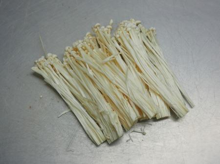 牛こま肉と茎にんにくのバター022