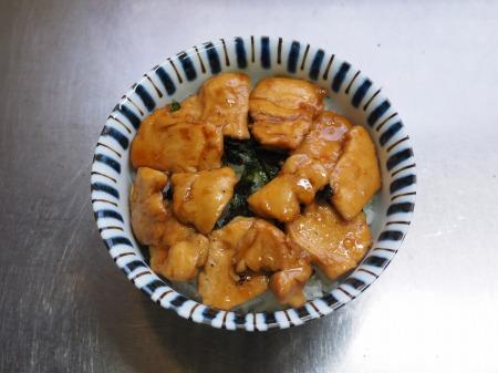 鶏むね肉の照焼き丼056