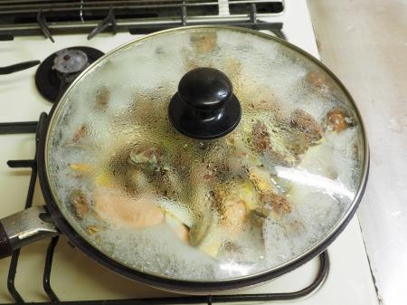 鮭とあさりのフライパン酒蒸し051