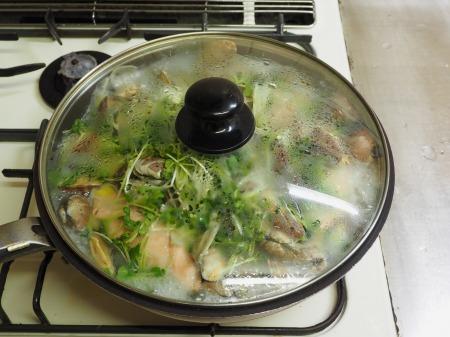 鮭とあさりのフライパン酒蒸し054