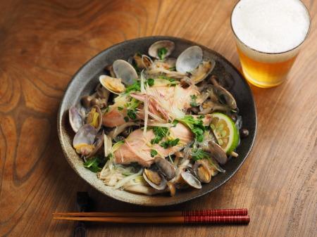 鮭とあさりのフライパン酒蒸し005