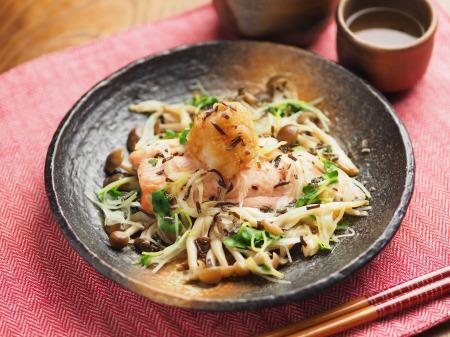 秋鮭とキノコのフライパン酒蒸015