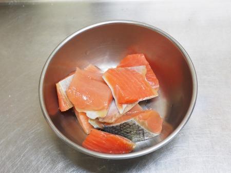 秋鮭のじゃがいも包み焼き041