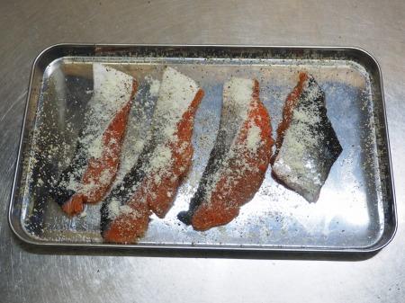 秋鮭のチーズ焼き026