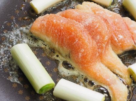 秋鮭のバター照り焼き039