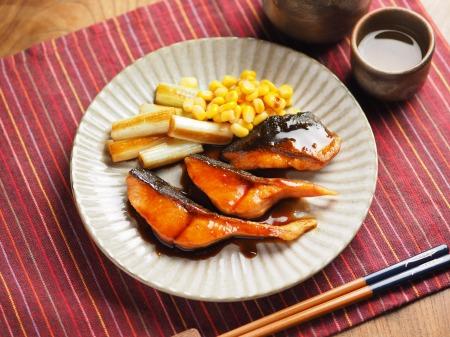 秋鮭のバター照り焼き016