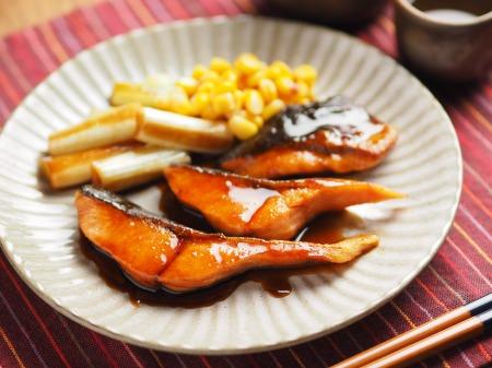 秋鮭のバター照り焼き020