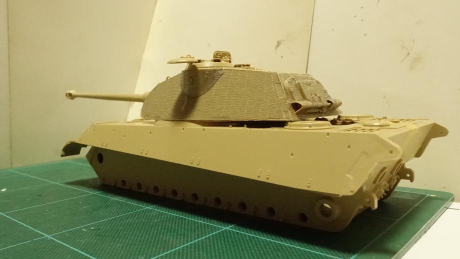 タミヤのミリタリーミニチュアシリーズ  No.169 ドイツ 重戦車キングタイガー(ポルシェ砲塔) その2