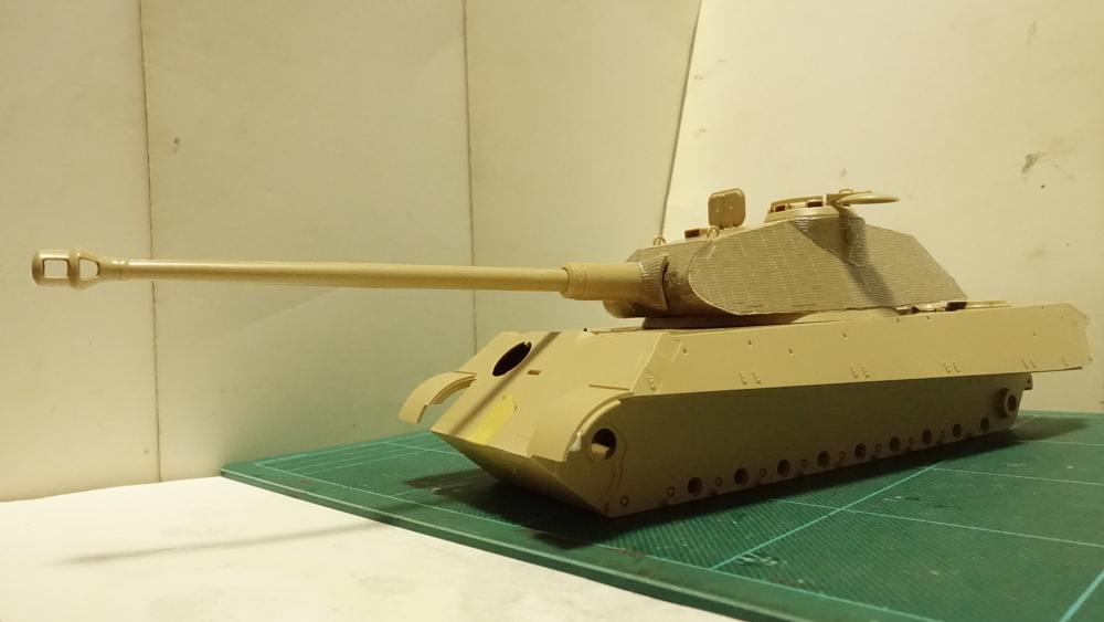 ケーニヒスティーガー戦車 プラモの写真