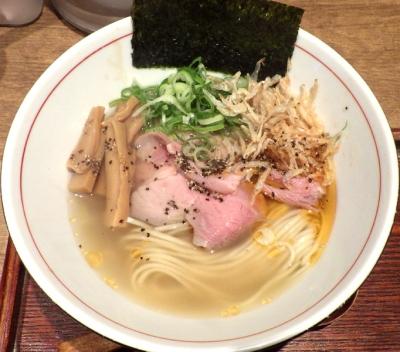 麺と心 7 次世代 海老とアサリの極上塩ラーメン ~黒胡椒仕上げ~