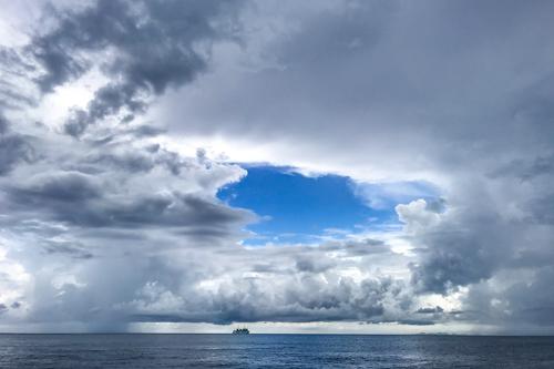 沖縄の天気 急変