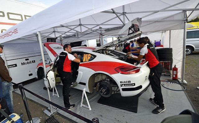 porsche-cayman-gt4-clubsport-rally-concept17171471471744 (1)