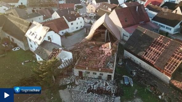 無題ヨーロッパ暴風雨襲撃後の街
