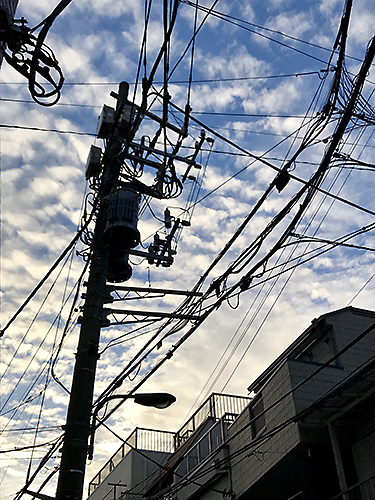 180914 電柱と空