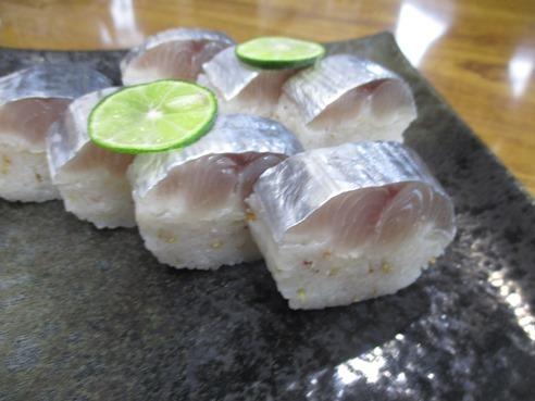 2棒寿司2