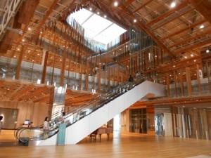 富山図書館