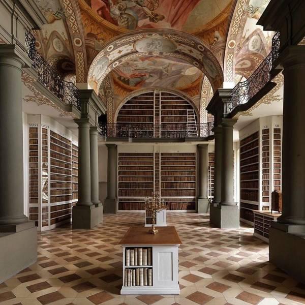 美し過ぎる世界の図書館の画像(16枚目)