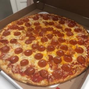 凄まじく大きなピザ05