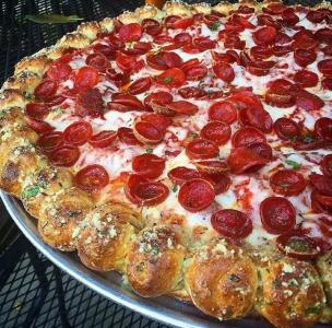 凄まじく大きなピザ17