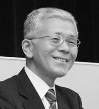 岡田先生 モノクロ200