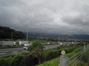 山の方雲が180911