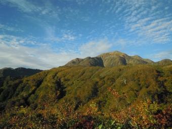 越後駒ケ岳まだまだ遠い181005
