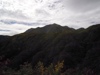 振り返って越後駒ケ岳181005