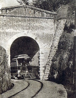 咥内坂トンネル01