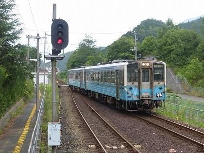 新谷駅04